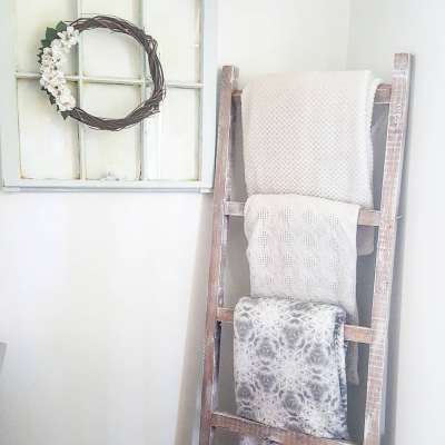How to build a Blanket Ladder for under $10.
